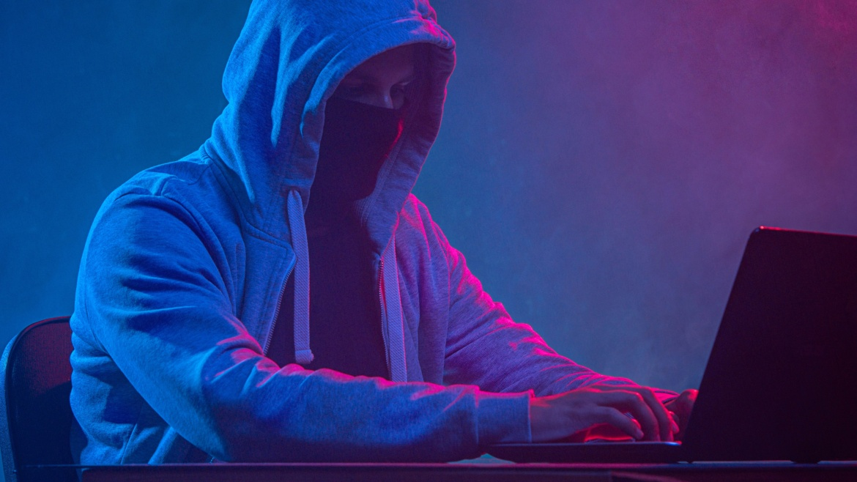 """Attacchi hacker ed e-commerce, il lato """"Dark"""" del web. Ecco come tutelare i propri clienti"""